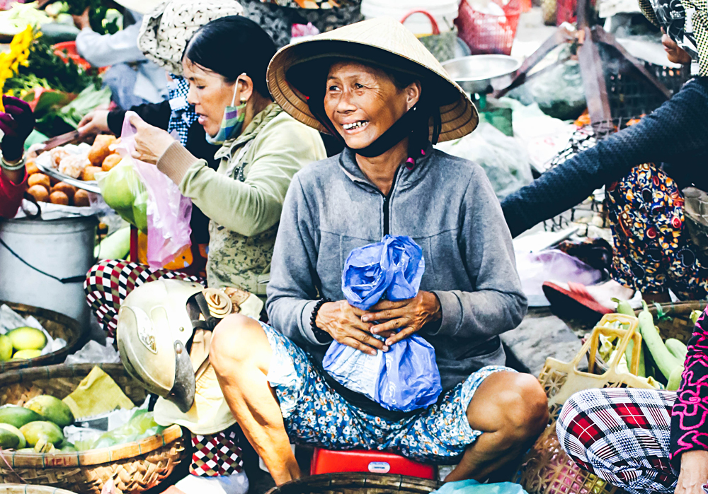 Michaela Trimble - Women Selling in Market, Hoi An, Vietnam