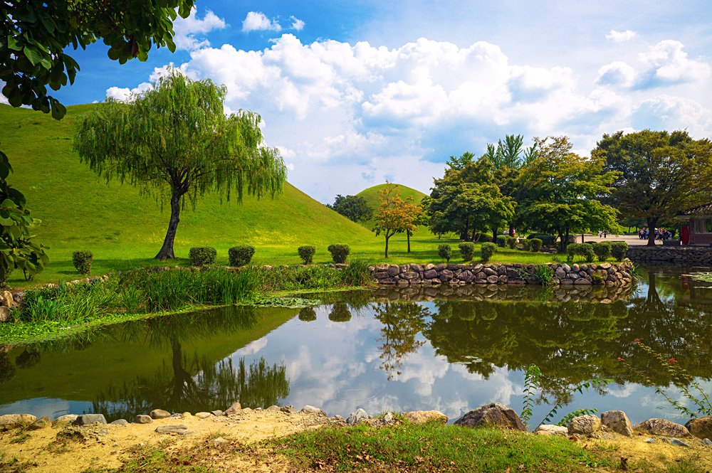 Daereungwon tomb complex in Tumuli Park, Gyeongju, South Korea