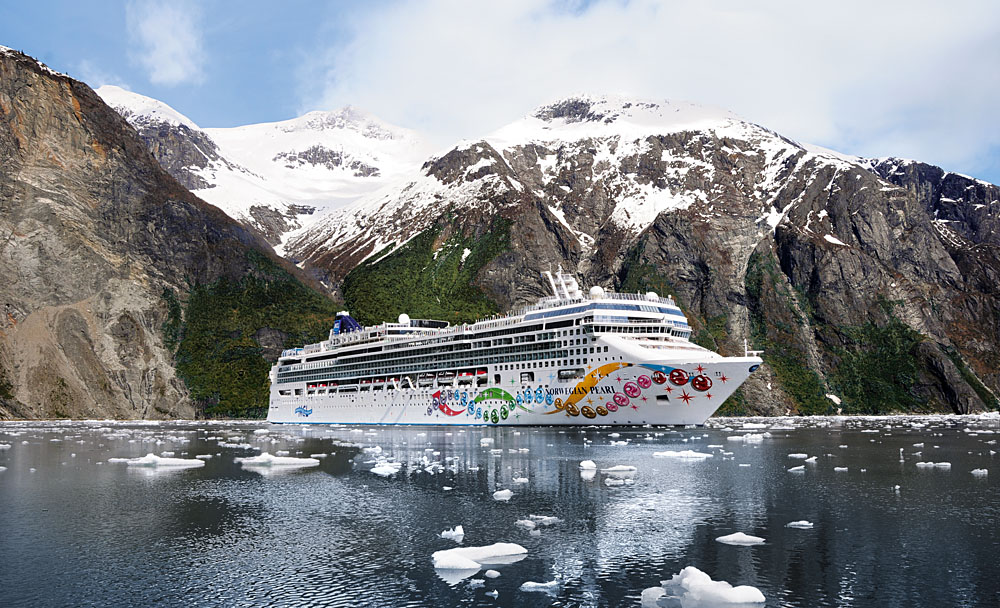 Norwegian Cruise Line (NCL) - Norwegian Pearl in Alaska