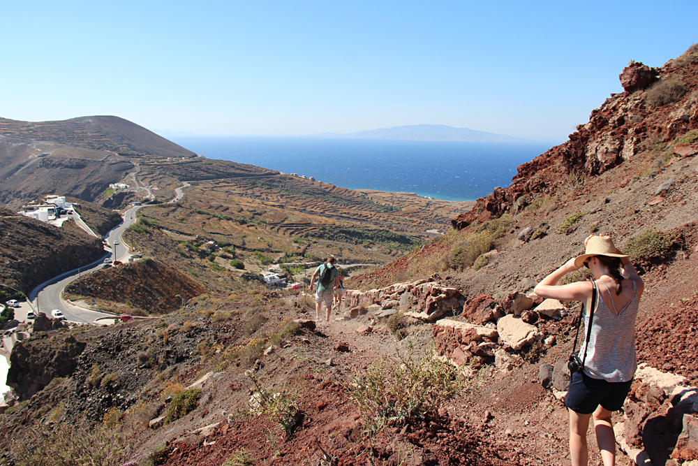 Bronwyn Hodge - Scenic Walk Downhill from Fira to Oia in Santorini, Greece