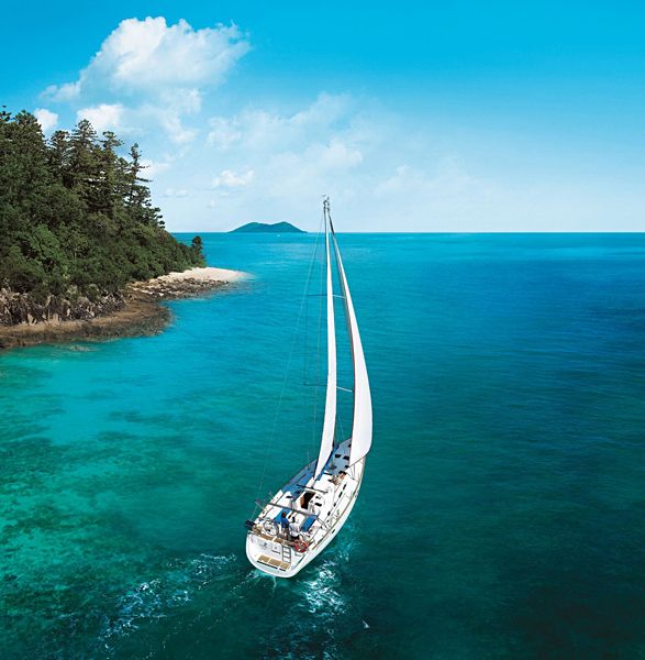 Sailing in Whitsunday Islands, Queensland, Australia