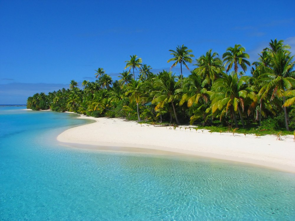 Beautiful beach in One Foot Island, Aitutaki, Cook Islands