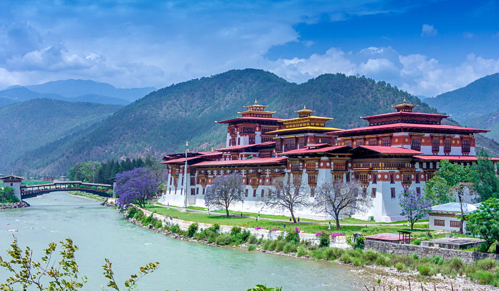 Punakha Dzong also know as Pungtang Dechen Photrang Dzong, Punakha, Bhutan