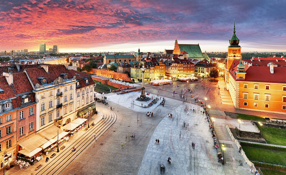 Royal Castle and old town at sunset, Warsaw, Poland