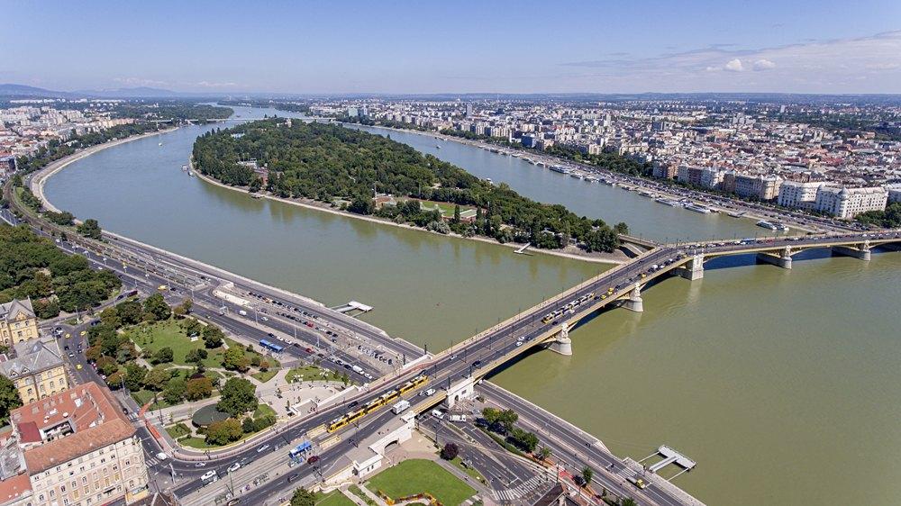 Aerial photo of Margaret Island and Margaret Bridge in Budapest, Hungary