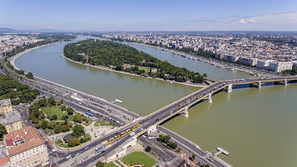 Aerial photo of Margaret Island and Margaret Bridge in Budapest, Hungary