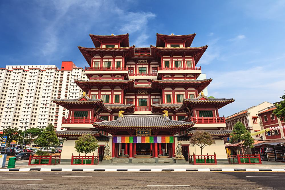 Buddha Tooth Relic Temple in Chinatown, Singapore