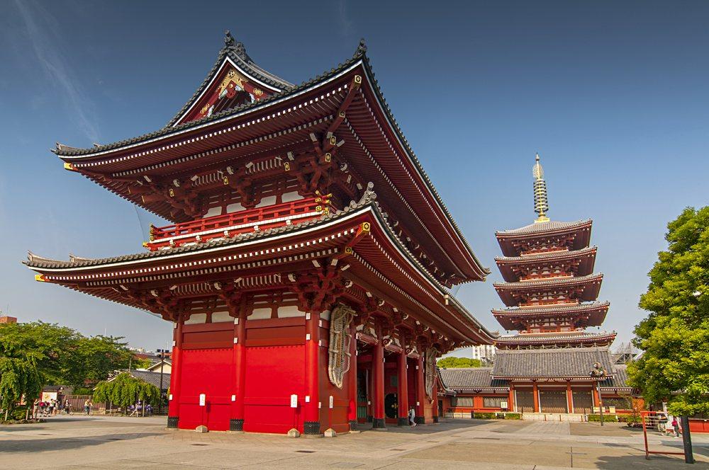 Sensoji Temple's Hozomon Gate and five storied pagoda, Asakusa, Tokyo, Japan