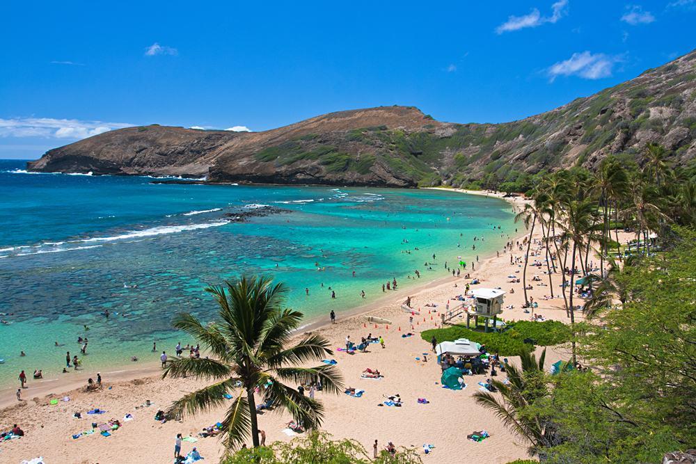 Snorkeling paradise Hanauma Bay, Oahu, Hawaii, USA