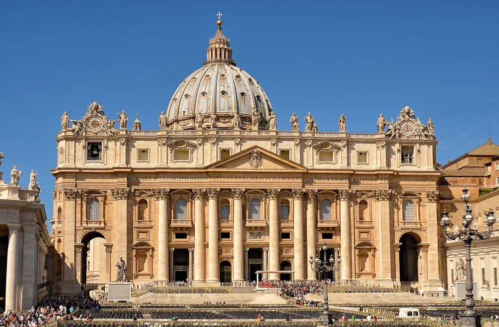 St. Peter's Basilica in St. Peter's Square, Vatican City, Rome, Italy