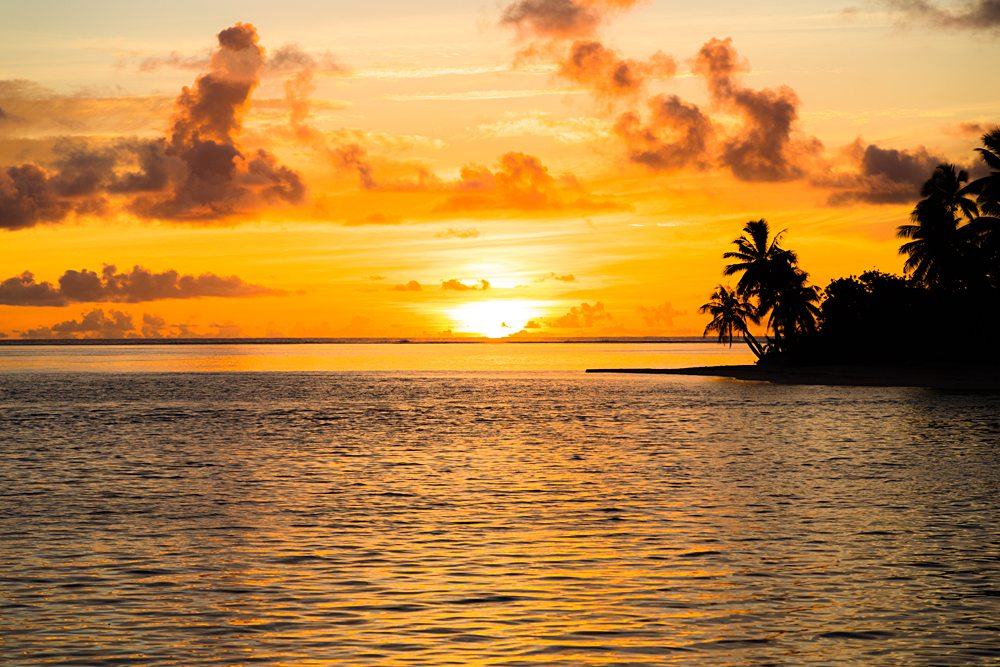 Sunset in Bora Bora, Tahiti (French Polynesia)