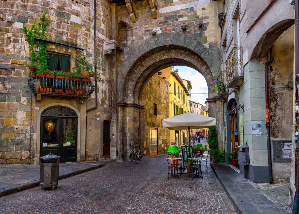 Old street in Lucca, Tuscany, Italy