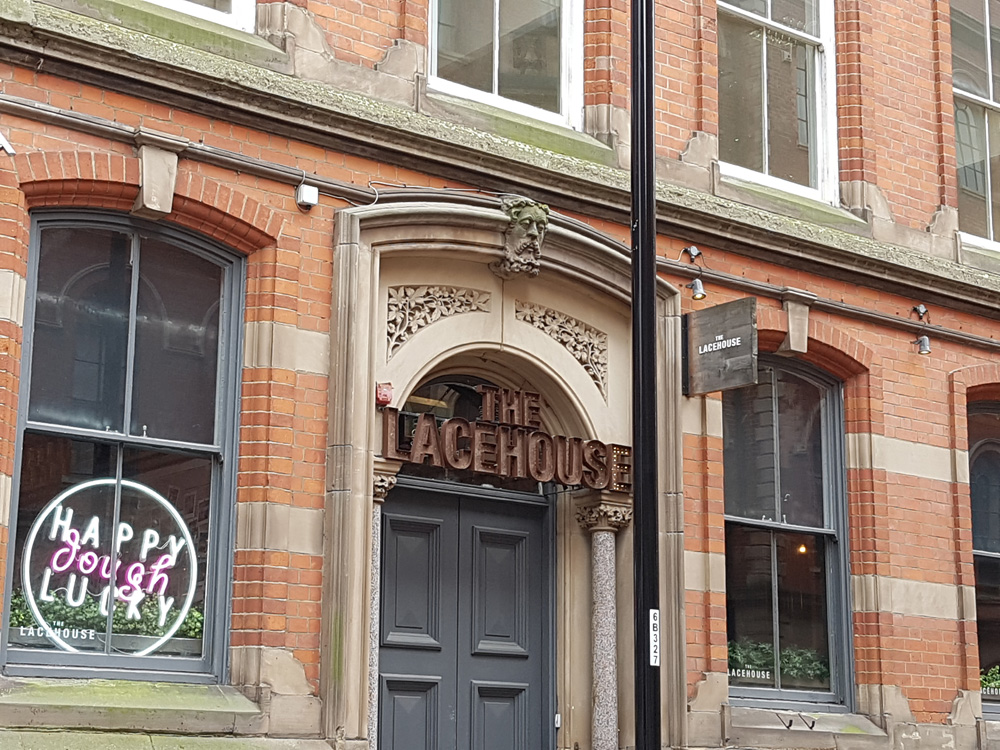 Christian Baines - Modern cafes, bars, and restaurants thrive in the former Lace Market, Nottingham, England, UK (United Kingdom)