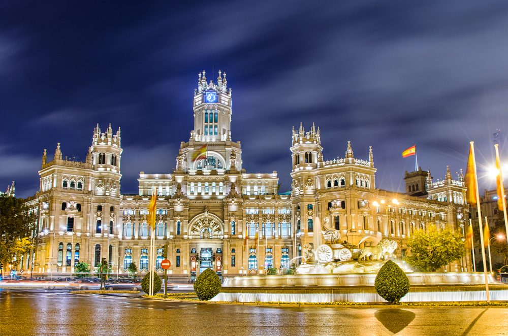Plaza de Cibeles with the Palacio de Comunicaciones, Madrid, Spain