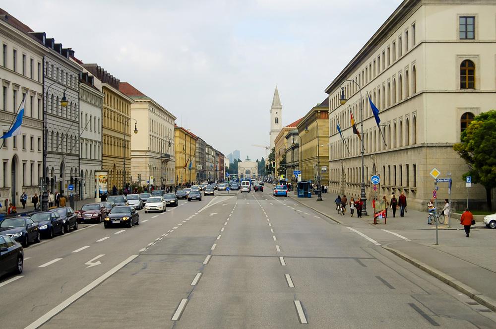 Leopoldstrasse Boulevard, Munich, Germany