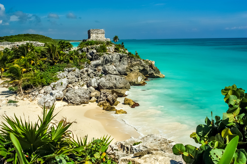 God of Winds Temple at Tulum Ruins, Tulum, Yucatan Peninsula, Mexico