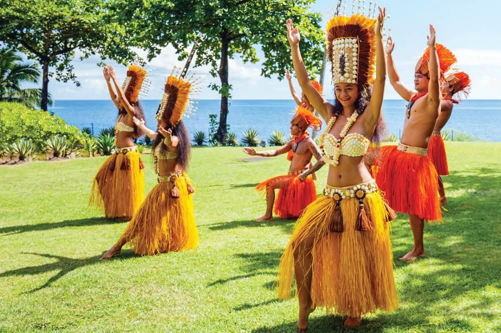 Polynesian Dancers in Moorea, Tahiti (French Polynesia)