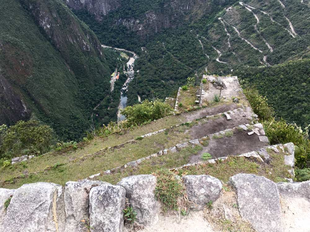 Aren Bergstrom - A Long Way Down, Huayna Picchu, Peru