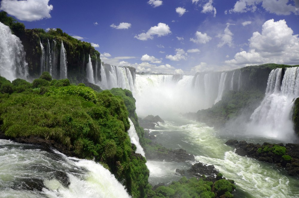 Devil's Throat in Iguassu Falls, Brazil