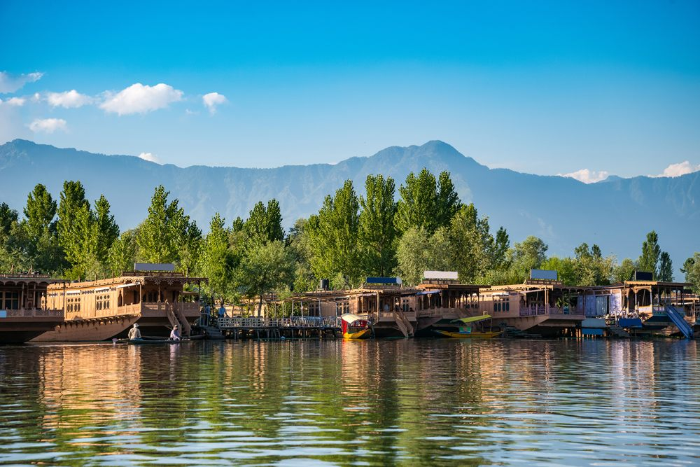 House boats on Dal Lake in Srinagar, Kashmir, India