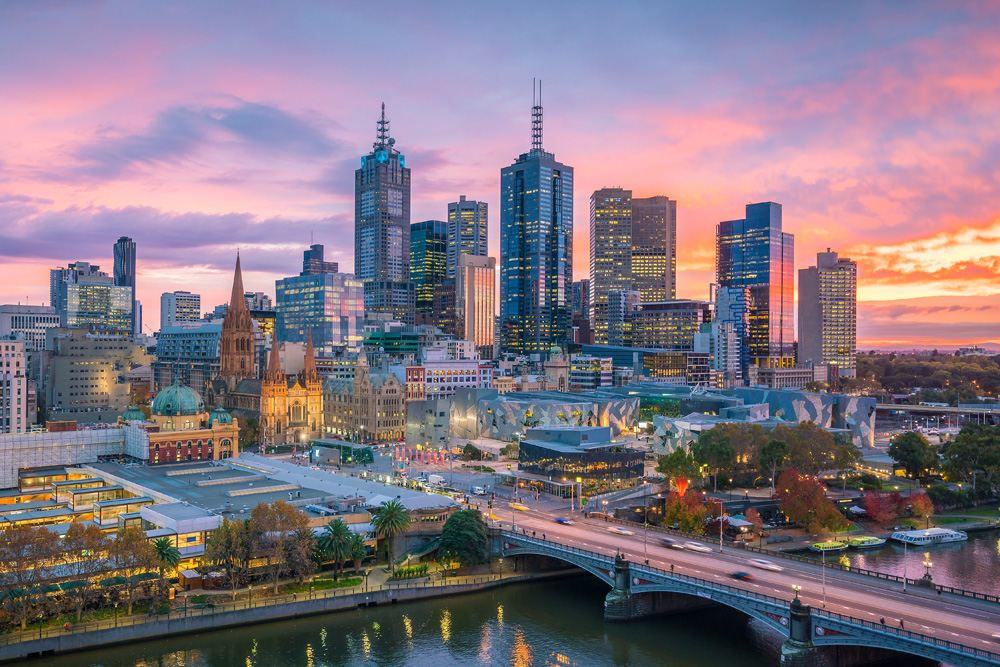 Melbourne city skyline at twilight, Victoria, Australia