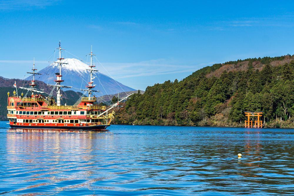Mount Fuji, Lake Ashi, Hakone Temple, and sightseeing boat in autumn, Hakone, Japan