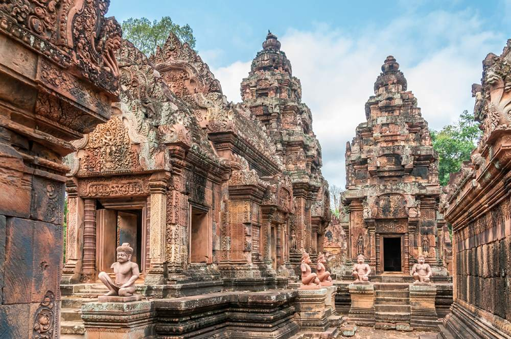 Banteay Srei in Angkor Wat temple complex, Siem Reap, Cambodia