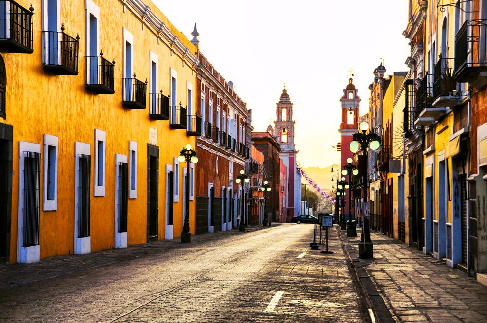 Morning streets in Puebla de Zaragoza, Mexico