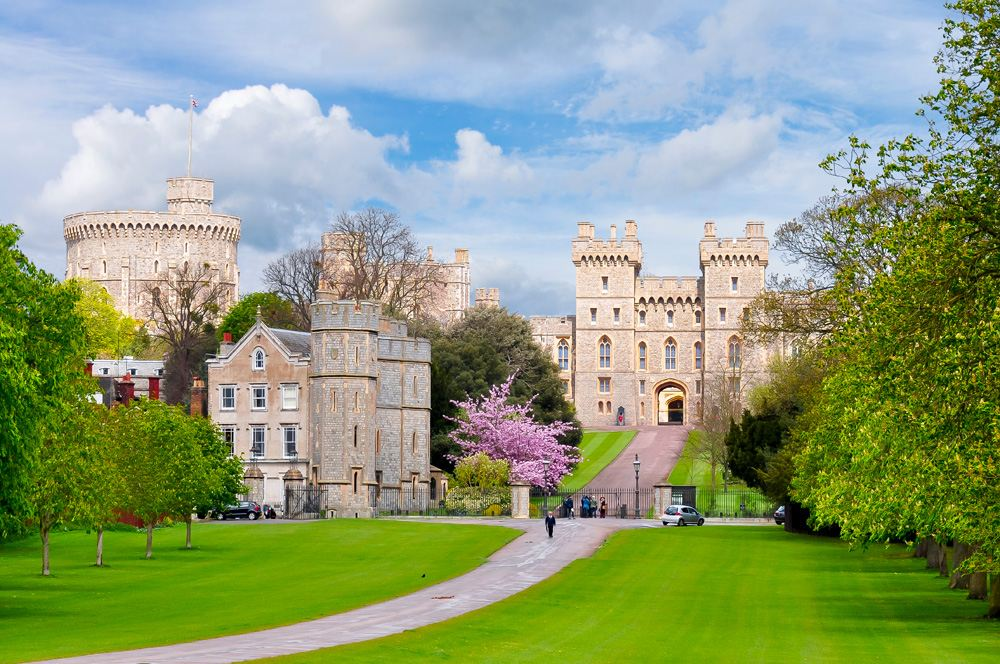 Windsor Castle in spring, Thames Valley, England, UK