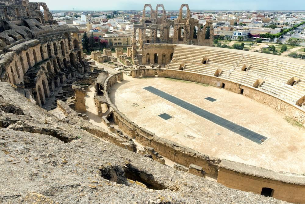 Gladiatorial arena of the El Jem ampitheatre, El Jem, Tunisia