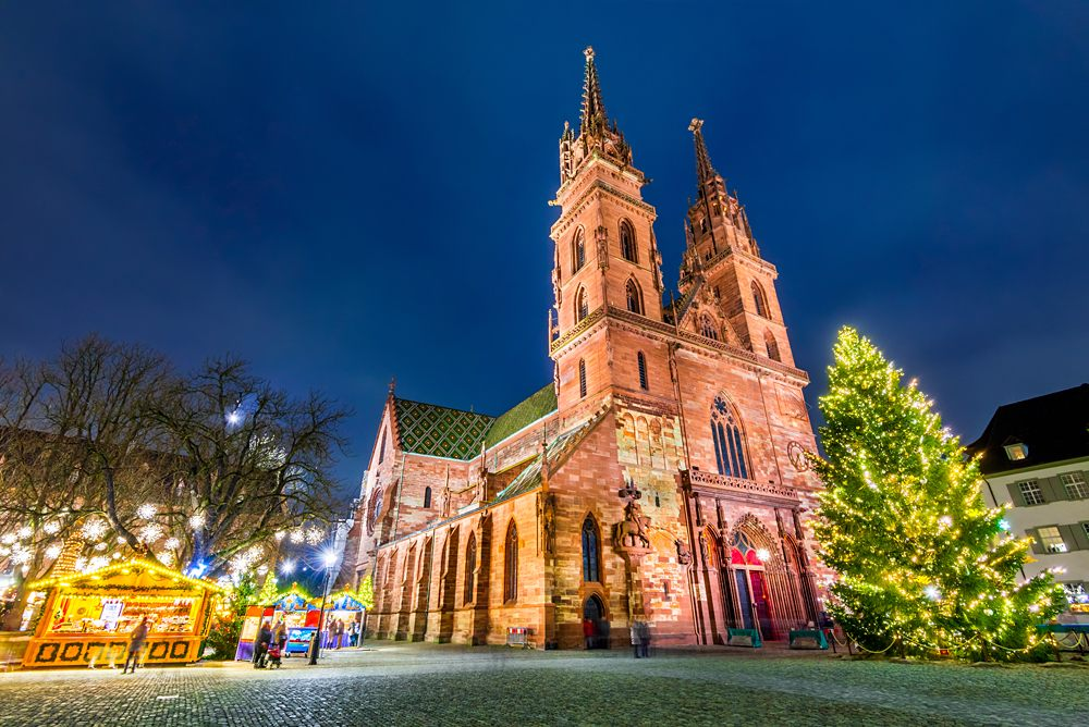 Christmas market at Munsterplatz and Munster Cathedral, Basel, Switzerland
