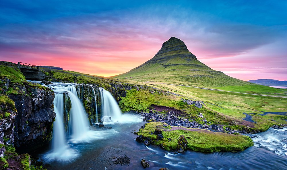 Picturesque landscape with Kirkjufellsfoss waterfall and Kirkjufell mountain, Iceland