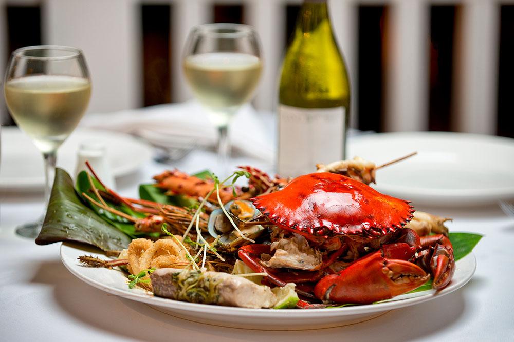 Enjoy fresh Fijian seafood