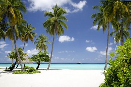 White sand beaches at One&Only Reethi Rah Maldives