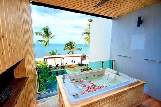 3 Bedroom Beachfront Pool Residence