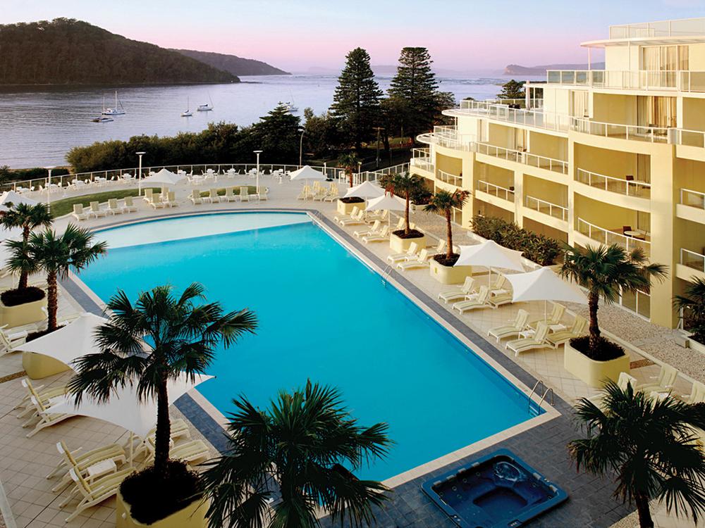 Mantra Ettalong Beach swimming pool, Australia