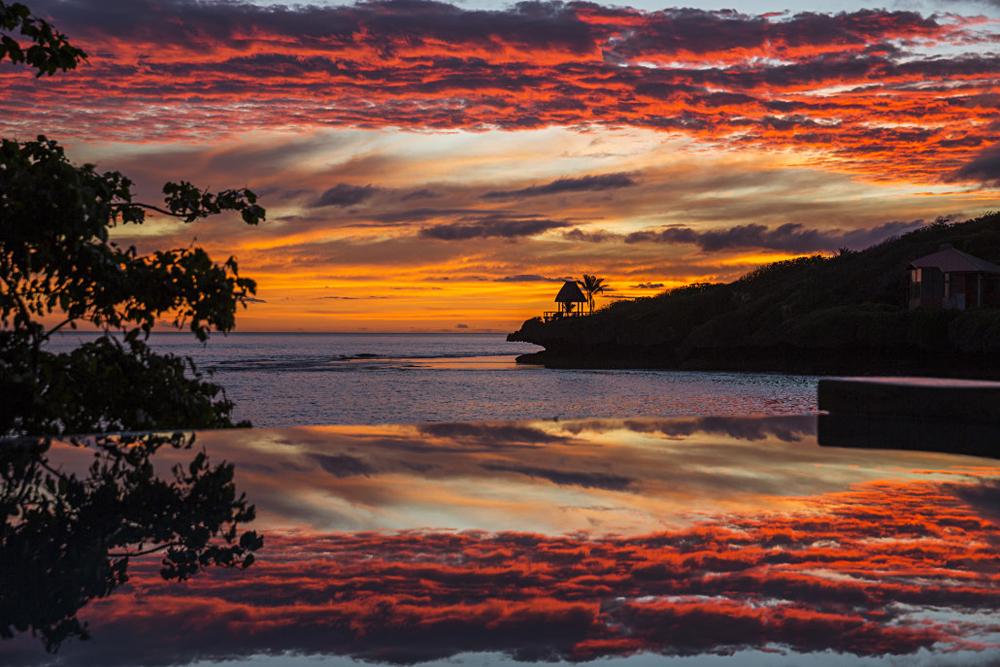 Savasi Island Villas - Gorgeous Fijian Sunset, Savusavu, Fiji