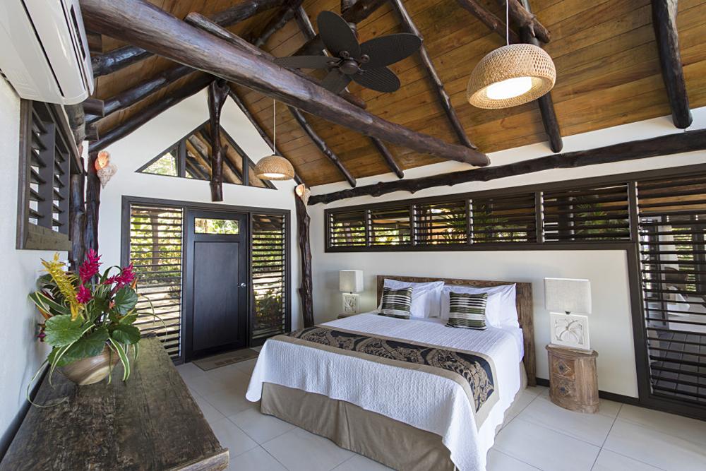 Savasi Island Villas - Sea Breeze Villa Interior, Savusavu, Fiji