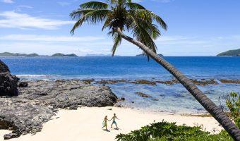 exploring_the_beach_at_matamanoa_island_resort_1