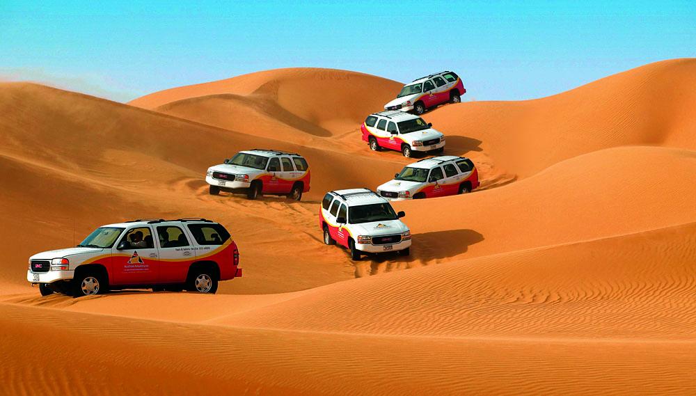 Experience off roading on the Sundowner Safari in Dubai